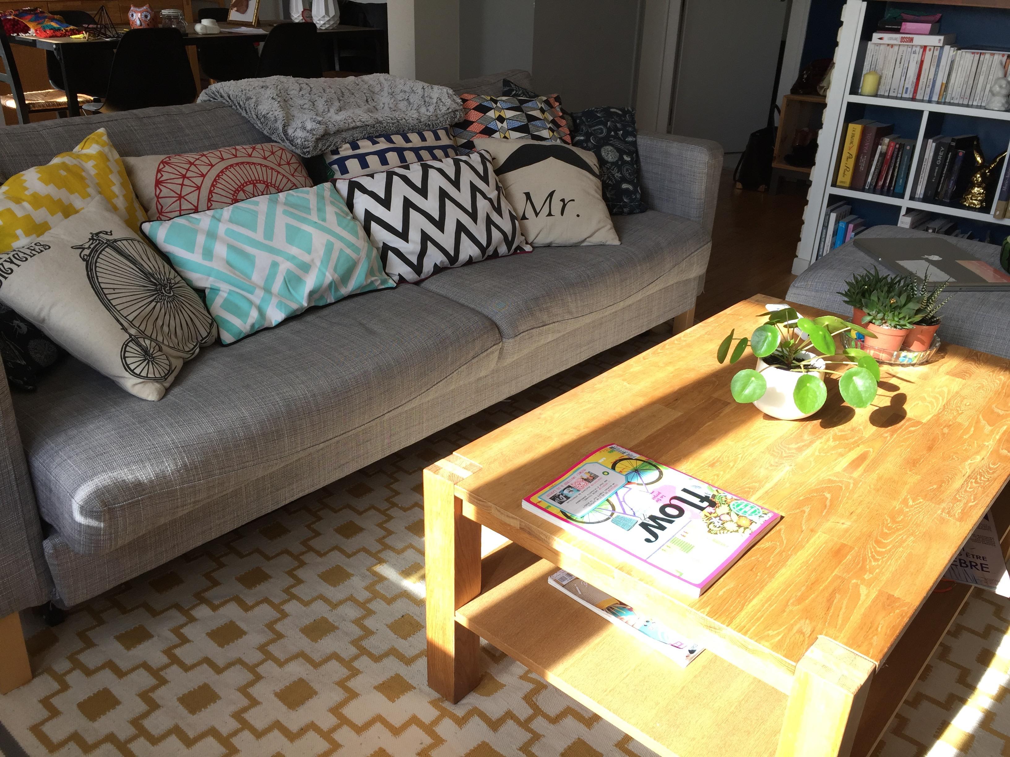 d co mon salon des curiosit s caro in the sixties. Black Bedroom Furniture Sets. Home Design Ideas